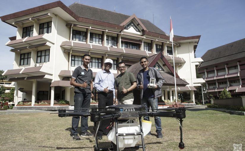 Demo Drone Sprayer – INSTIPER Yogyakarta